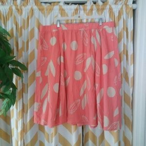 Lane Bryant Plus Size 18/20 Peach Cream skirt